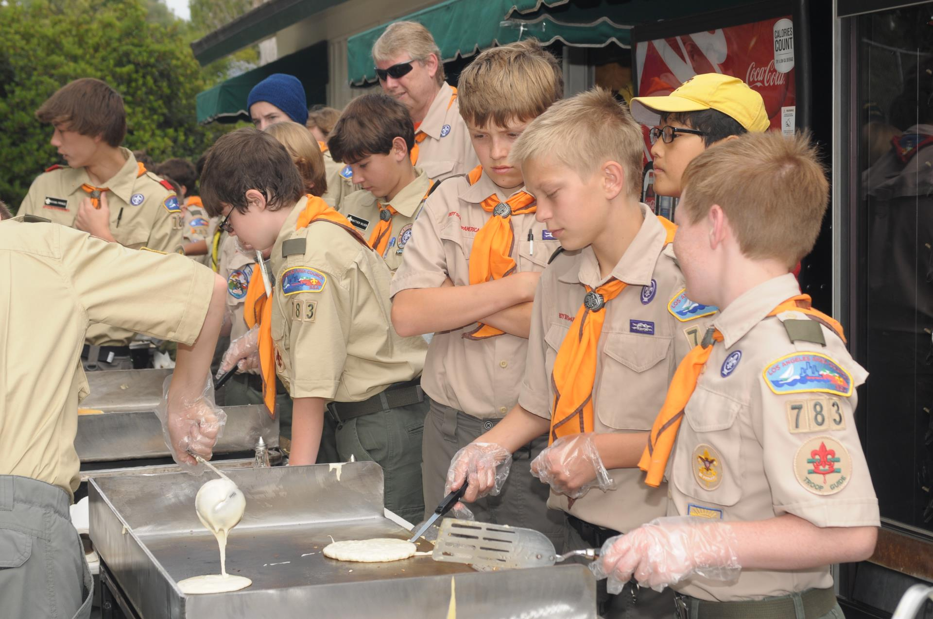 Boyscouts making pancakes at 2015 Mayor's Ride